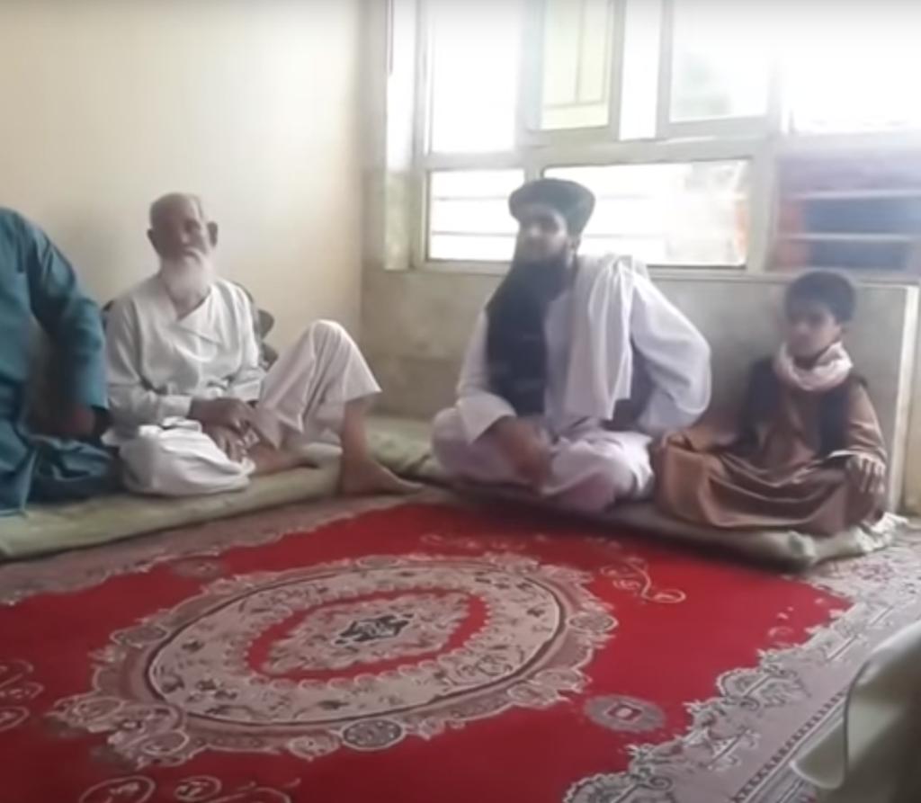 یک همین را کم داشتیم: ویدیو مرد هراتی که ادعای پیامبری دارد بیشتر در ویدیو